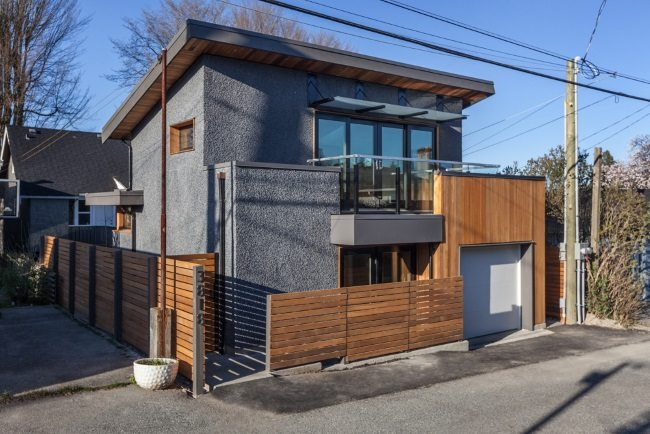 proiect de casa ideal pentru terenuri si bugete mici 74